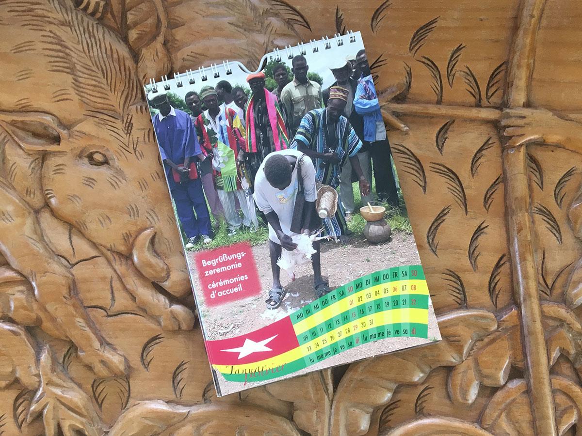 Das Januar-Blatt des Togo-Kalenders von 2006