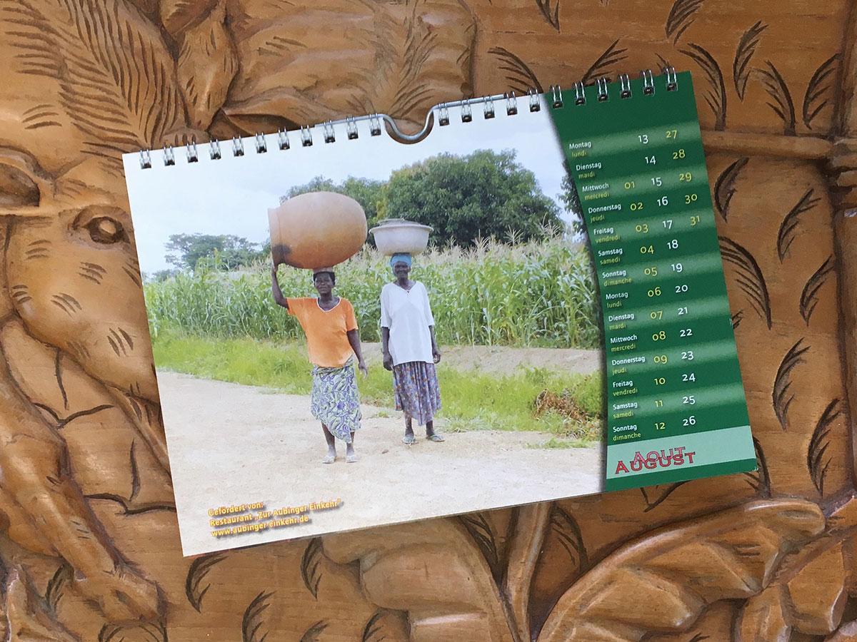 Das August-Blatt des Togo-Kalenders von 2007