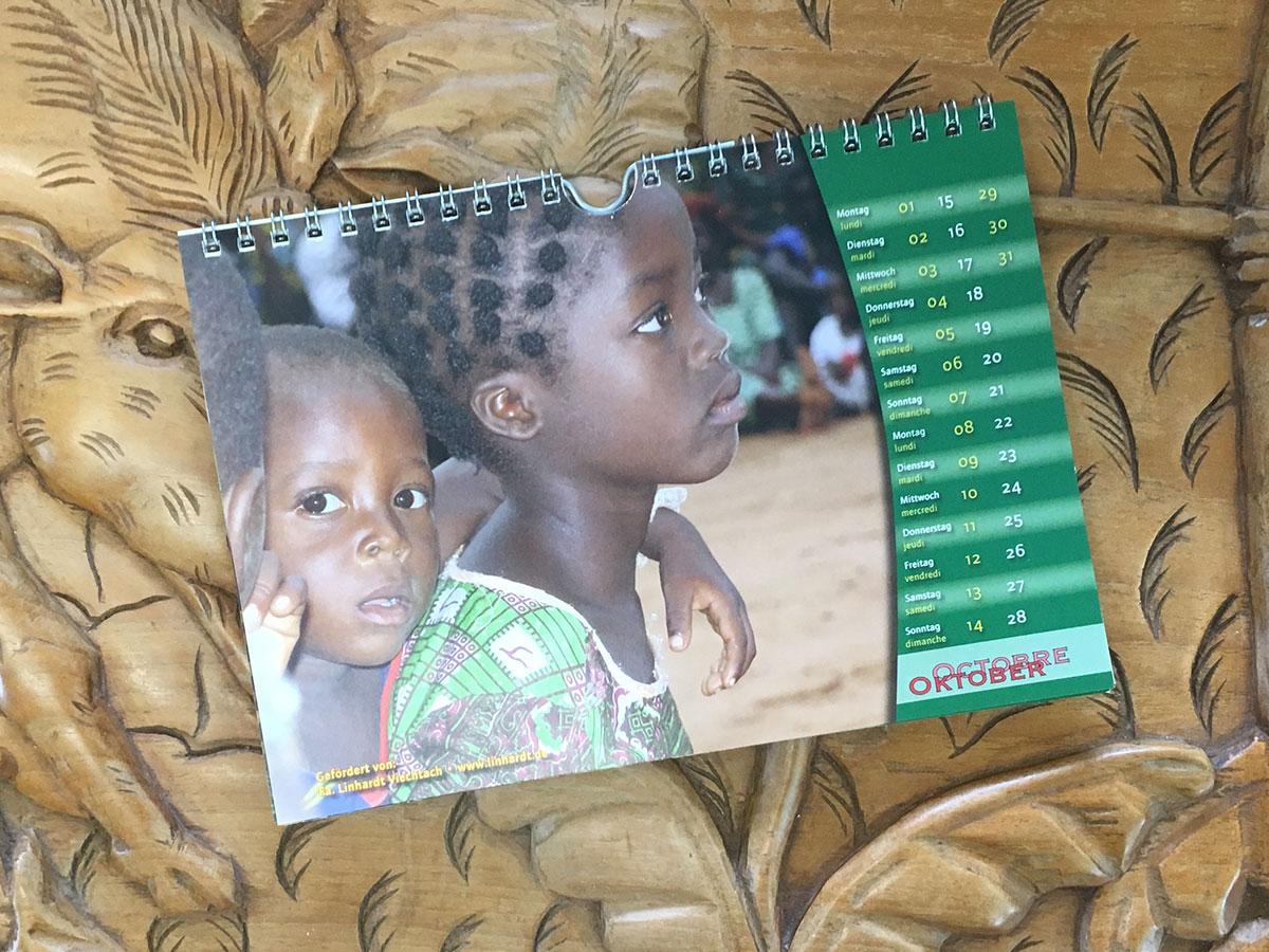 Das Oktober-Blatt des Togo-Kalenders von 2007
